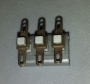 Ceramic mounting bracket - with 3 double soldering clip